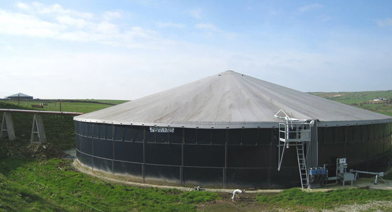 Large Slurry Store Cover